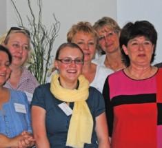 Der neue Vorstand: Indrani Das Schmid, Sonya Winterberg, Rebecca Beerheide, Cornelia Benninghoven, Sabine Göb, Andrea Ernst, Regina Völz (von links, Foto: Jasmin Andresh)