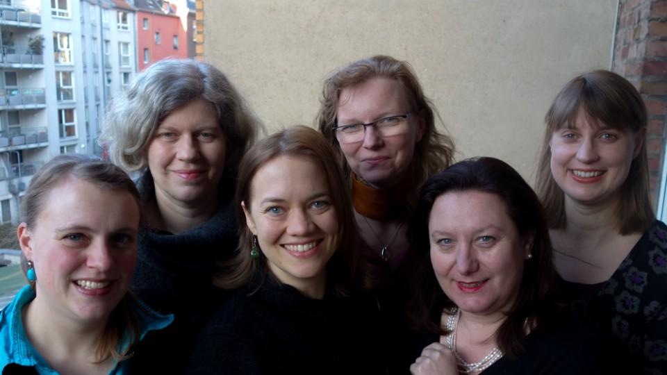 jb-Vorstand (Februar 2016) von links nach rechts: Rebecca Beerheide, Frauke Langguth, Anke Ernst, Sylvia Feil, Dana Savic.
