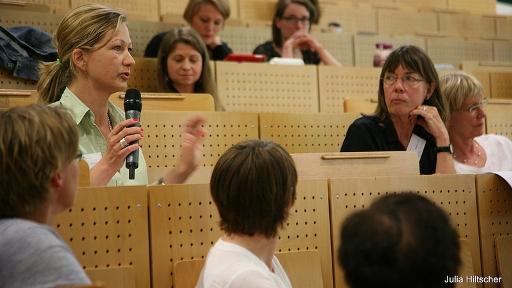 Diskussion auf der Jahrestagung 2014, li. Silke Burmester (Foto: Julia Hiltscher)