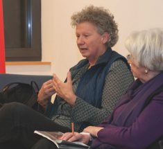Elisabeth Ehrhorn und Gisela Brackert (Foto: Corinna Klingler)