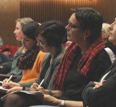 Teilnehmerinnen während der Keynote des Medienlabors (Foto: Corinna Klingler)