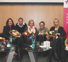Die Gäste des Medienlabors waren Diana Löbl, Dr. Alexandra Borchardt, Christine Gräbe, Inge Kloepfer, Claudia Cornelsen, Elisabeth Behrmann, Annette Jensen (Foto: Corinna Klingler)