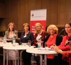 • Monika Sieradzka, Warschauer TV-Redakteurin,